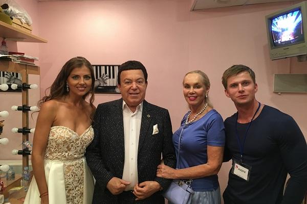 Евгения Лапос с жури конкурса красоты