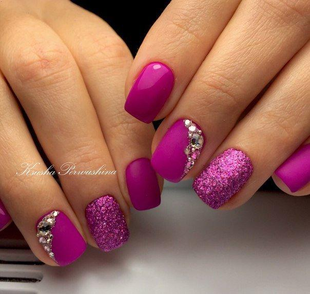Ногти яркие со стразами фото