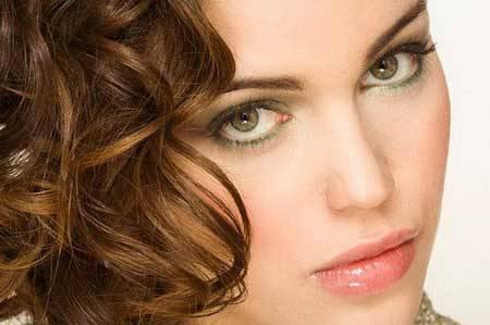 макияж невесты с зелёными глазами