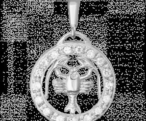 Кулоны со знаком зодиака Рак — виды, цены, особенности выбора