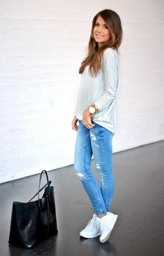 джинсы и белые кроссы